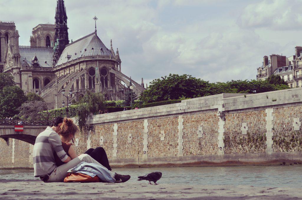 Paris les Quais Notre Dame
