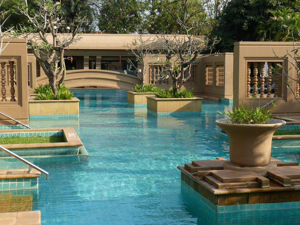 Meridien swimming pool in Siem Reap