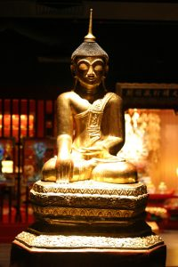 Buddha Tooth Relic Museum Statue